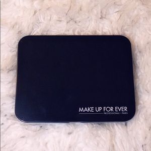 MAKE UP FOR EVER Metal Tin Case
